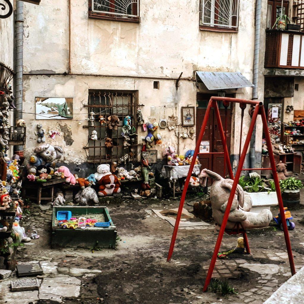 Podwórko Zagubionych Zabawek