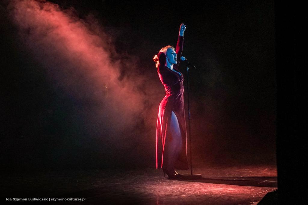 Paulina Janczak | Broadway Exclusive