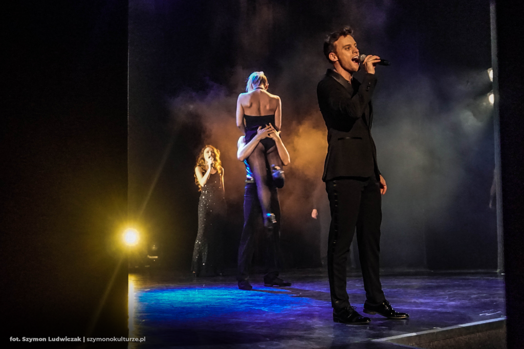 Maciej Pawlak, Emilia Klimczak oraz Tancerze | Broadway Exclusive